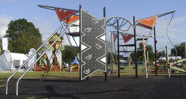 Metal Playground Furniture and Equipment Manufacture